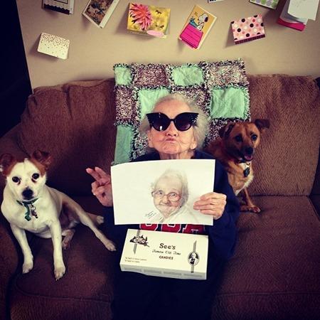 grandmabetty33-abuela-cancer-instagram (1)